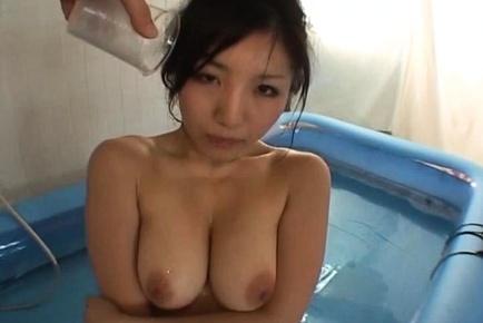 Amateur japanese gets drunk shows off large horny boobs in the bath. Amateur Japanese gets drunk, shows off voluminous horny natural tits in the bath